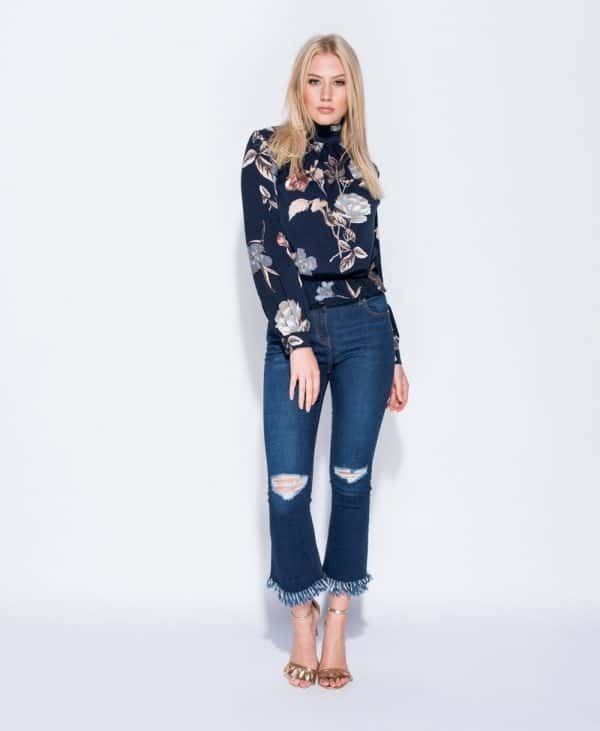distressed-flare-jeans-p4255-103951_image