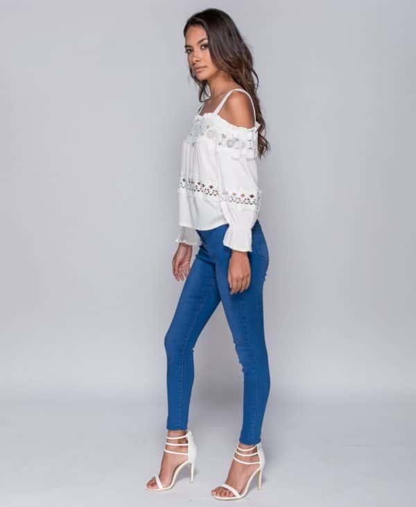 white-lace-trim-cold-shoulder-top-p4715-117519_image