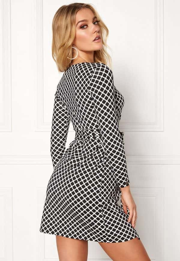 happy-holly-millie-dress-black-offwhite_2