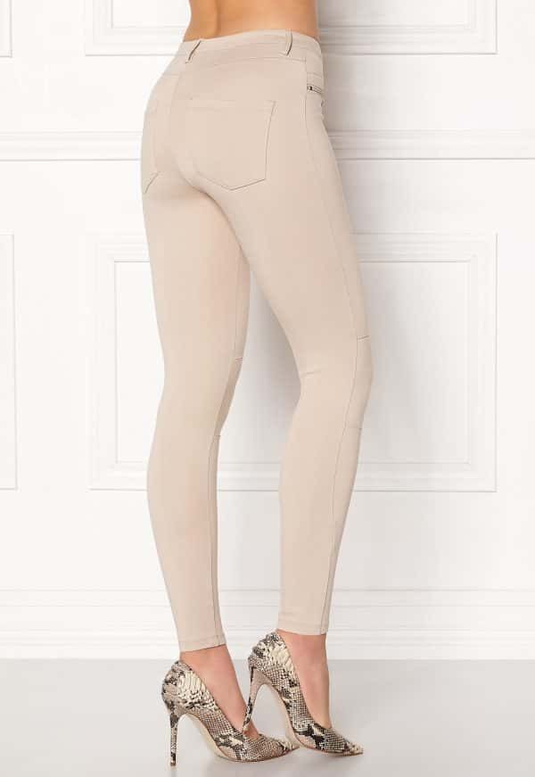 happy-holly-justina-tricot-pants-light-mole_1
