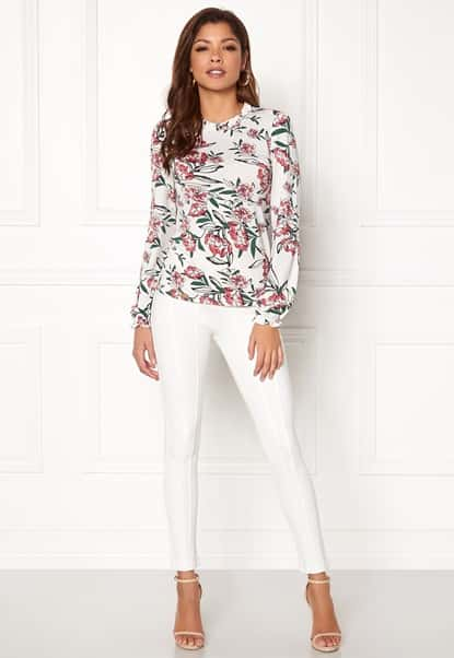 chiara-forthi-intrend-tulip-top-winter-white-floral_3