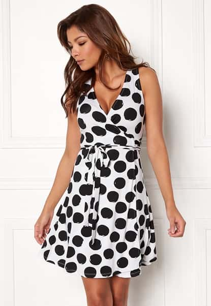 chiara-forthi-sonnet-sleeveless-dress-offwhite-black-dotted_2