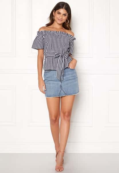 make-way-kassey-off-shoulder-top-blackwhitechecked_1