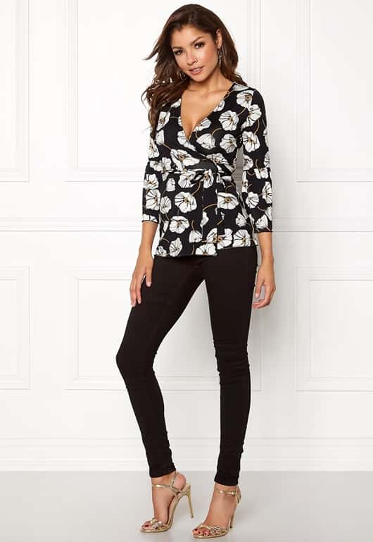 chiara-forthi-francesca-wrap-top-black-floral_1
