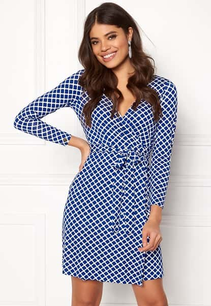 happy-holly-millie-wrap-dress-blue-offwhite_3