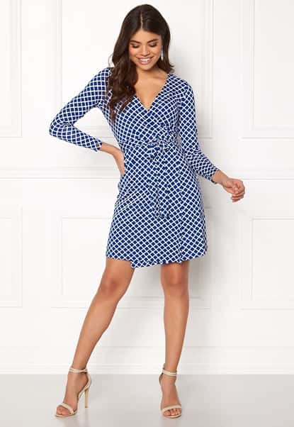 happy-holly-millie-wrap-dress-blue-offwhite_6