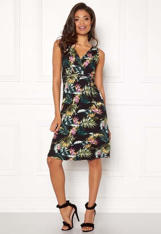 happy-holly-charlot-dress-black-patterned_1