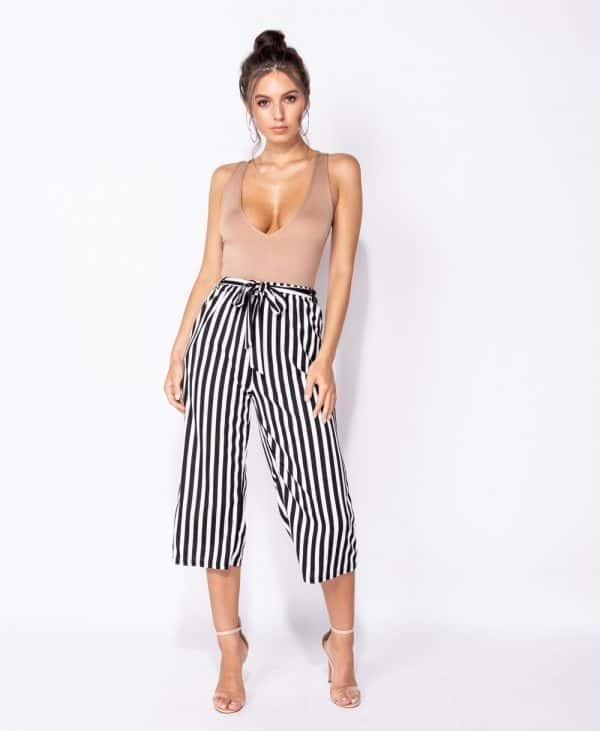 vertical-stripe-self-belt-wide-leg-cropped-trouser-p5470-138310_image