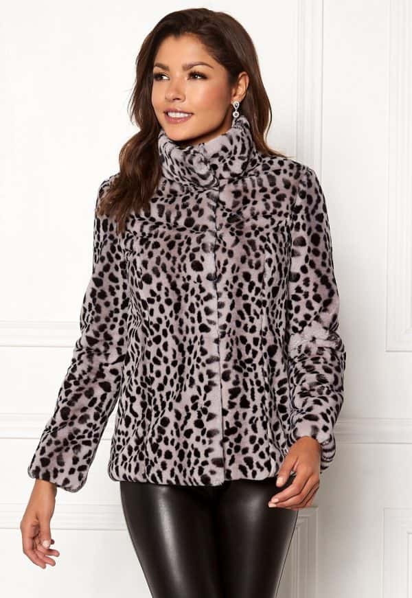 chiara-forthi-venezia-faux-fur-jacket-leopard