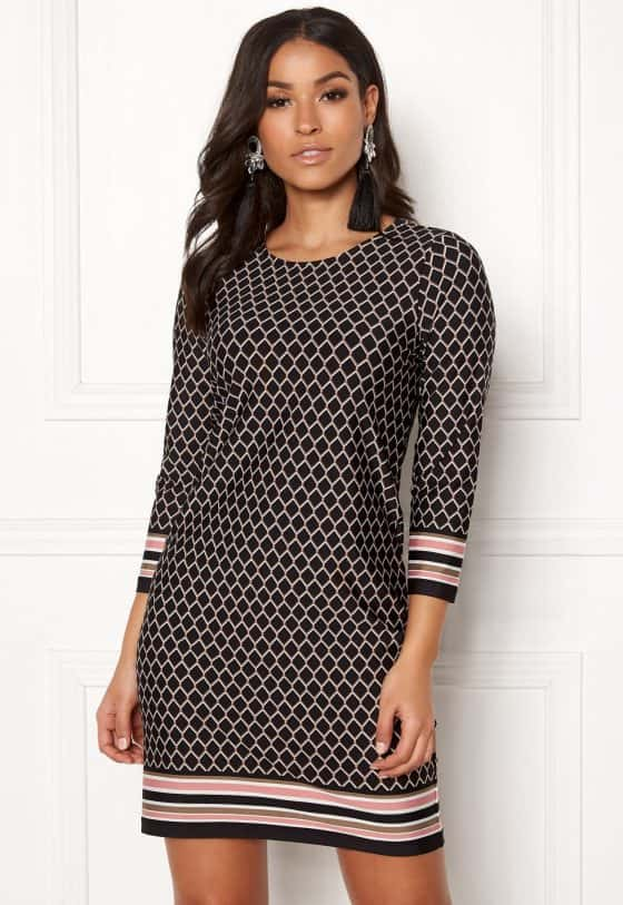 happy-holly-blenda-dress-patterned_11hgh