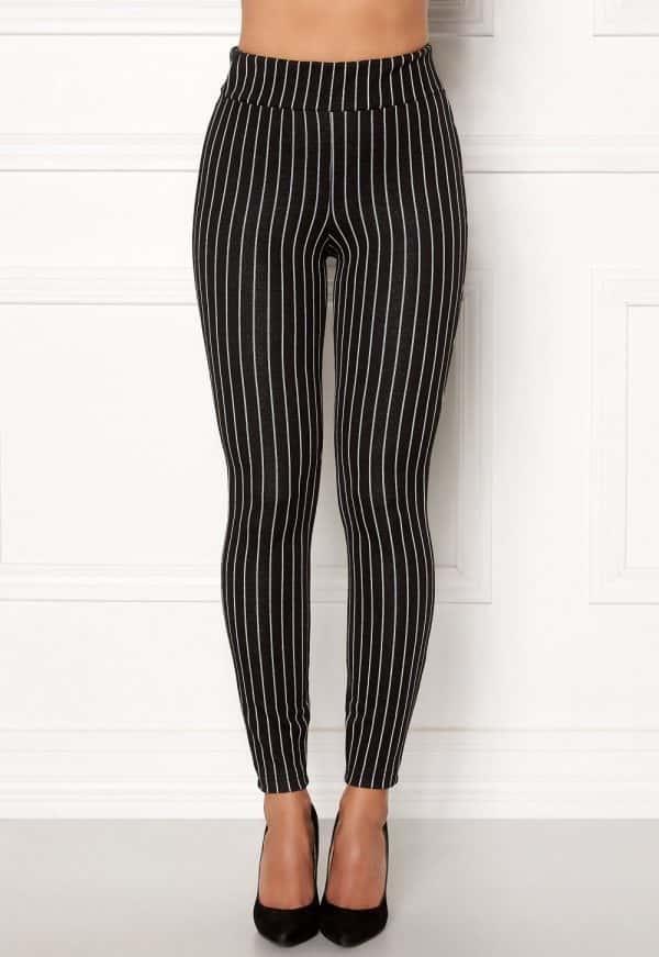 happy-holly-ditte-pin-stripe-leggings-black-striped
