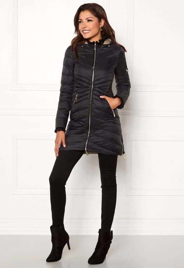 chiara-forthi-sestriere-light-down-jacket-black_3