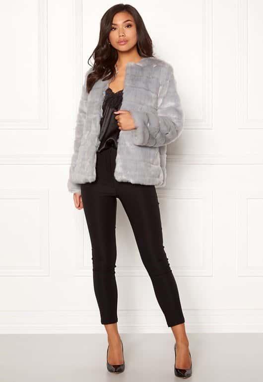 make-way-freia-faux-fur-jacket-light-grey_1