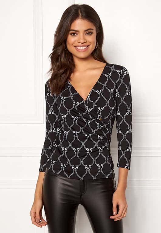 happy-holly-stella-top-blackpatterned