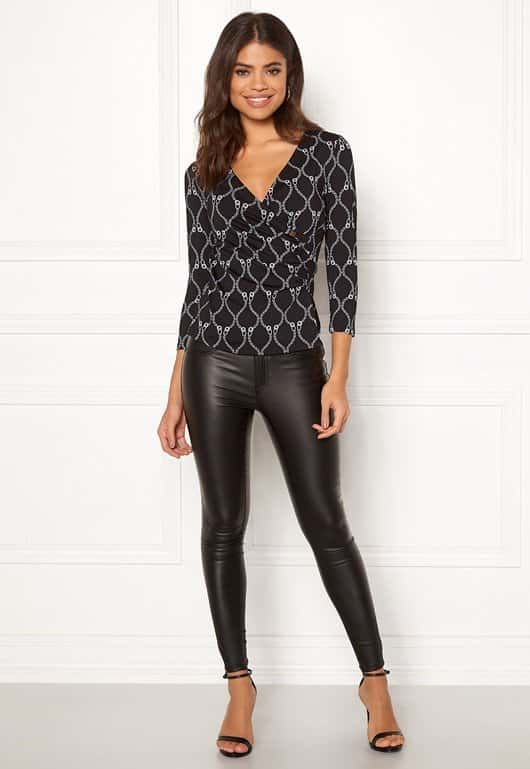 happy-holly-stella-top-blackpatterned_1