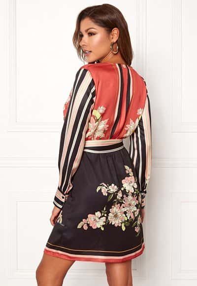 chiara-forthi-marienela-scarfs-print-dress-black-red-patterned_2