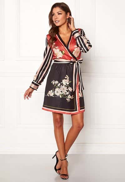 chiara-forthi-marienela-scarfs-print-dress-black-red-patterned_4