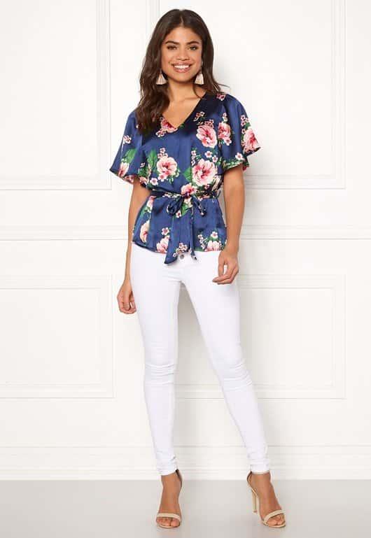 happy-holly-bella-blouse_1