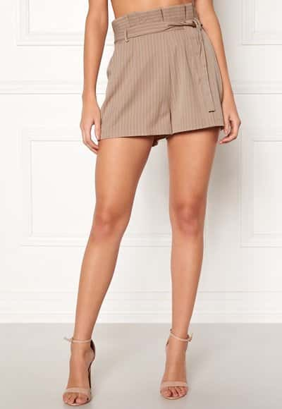 make-way-disa-paperbag-shorts-beige-white-striped_6