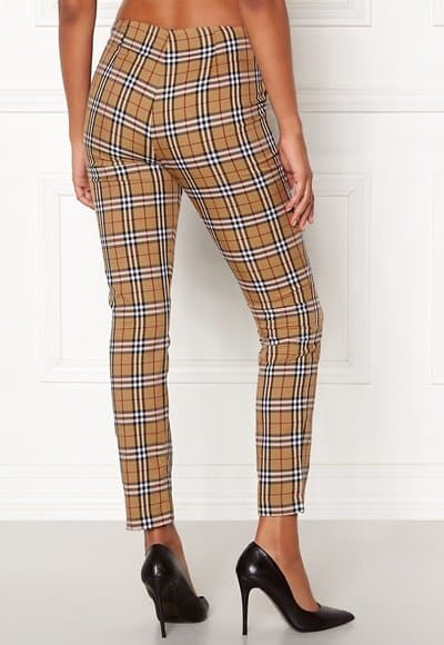 chiara-forthi-franka-woven-sleek-pants-checked-beige-red_2