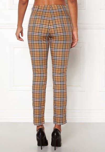 chiara-forthi-franka-woven-sleek-pants-checked-beige-red_4