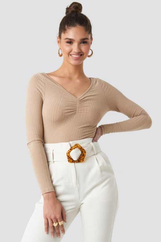 nakd_front_ruched_ribbed_top_beige_1100-001826-0140_01a