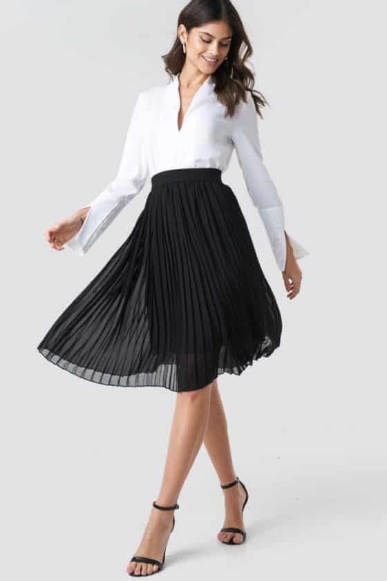 nakd_midi_pleated_skirt_black_1018-002496-0002_01c