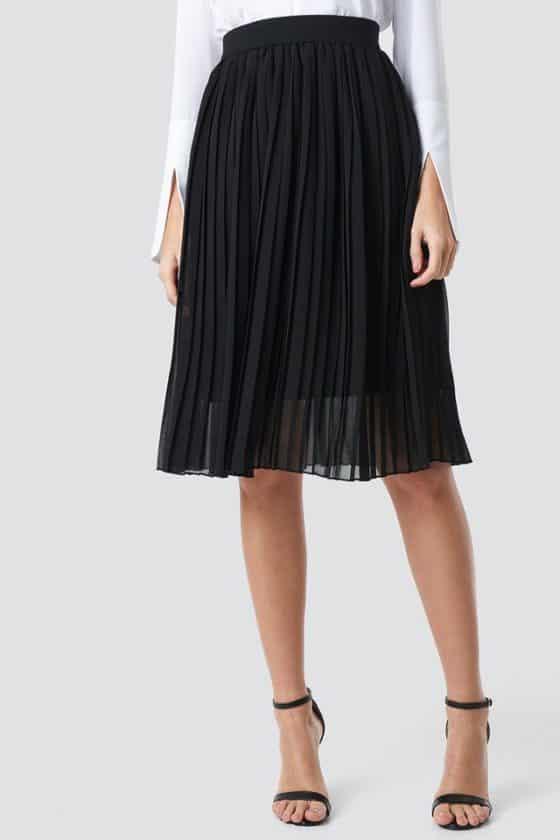 nakd_midi_pleated_skirt_black_1018-002496-0002_02h