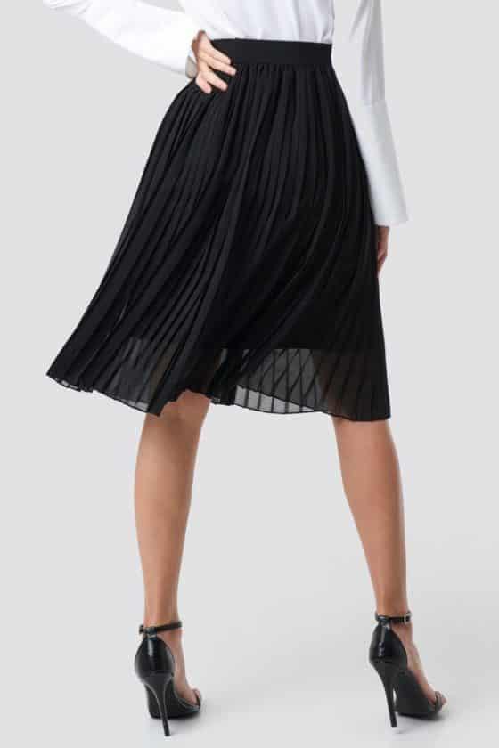 nakd_midi_pleated_skirt_black_1018-002496-0002_03i