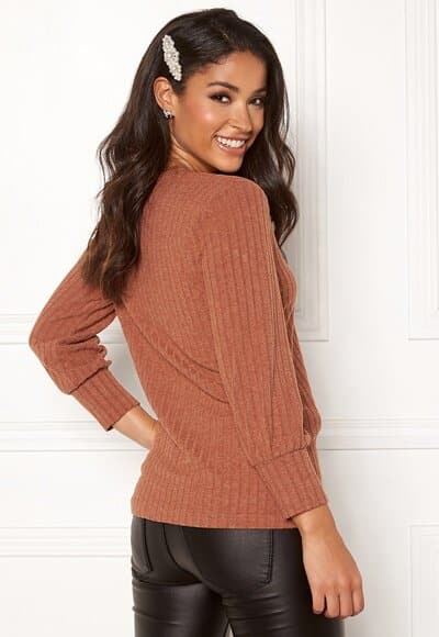 happy-holly-elly-puff-sleeve-top_2