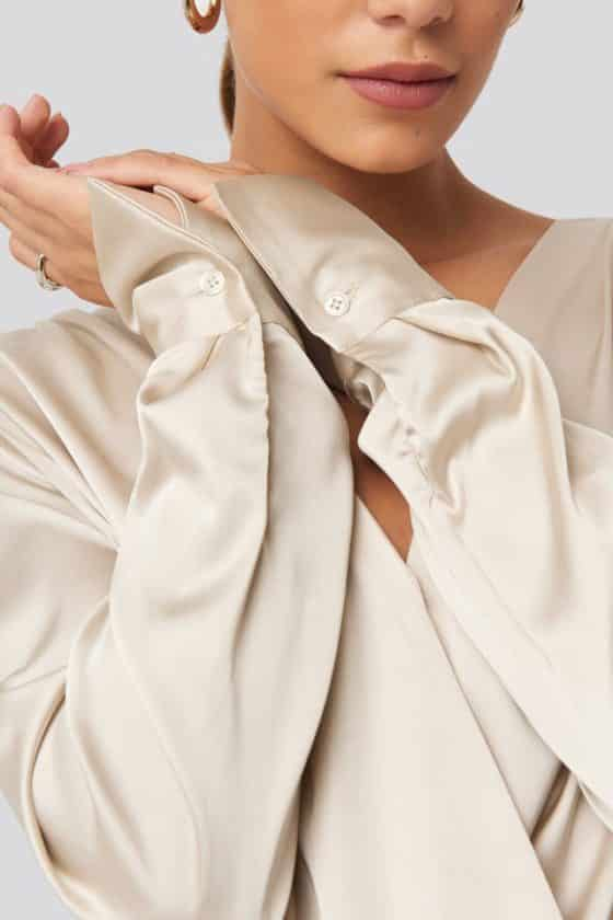 nakd_gathered_shoulder_satin_blouse_1018-003443-0140_04g