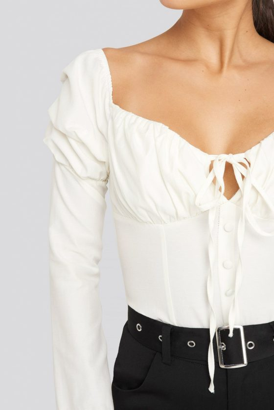nakd_ruffle_cup_blouse_1635-000013-0045_04g