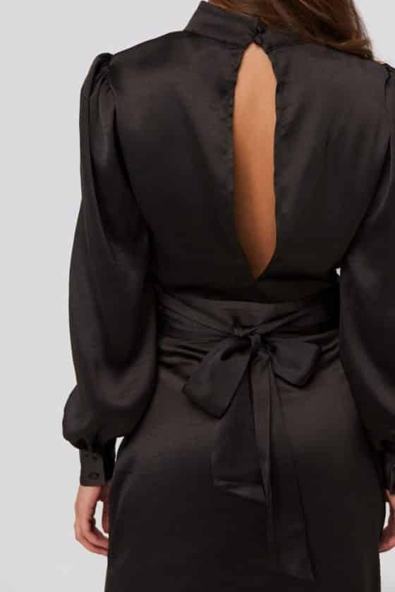 nakd_high_neck_satin_dress_1018-003457-0002_04g