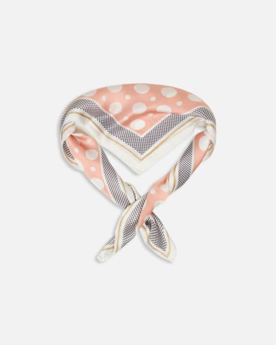 10-scarf-478_1180x1475c