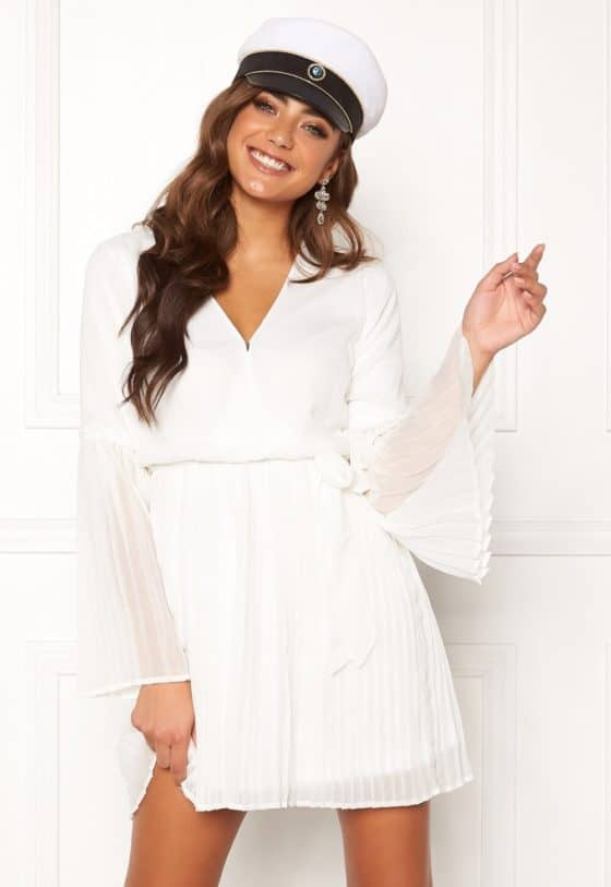 bubbleroom-paulinn-pleated-dress-white_1