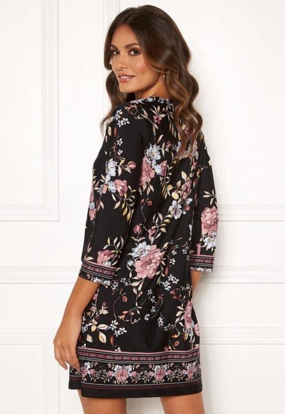 happy-holly-blenda-dress-black-patterned_51