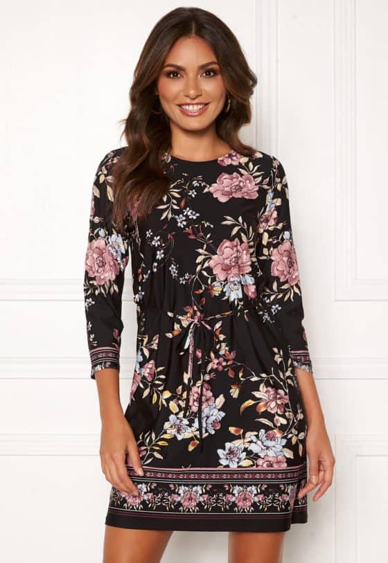 happy-holly-blenda-dress-black-patterned_54