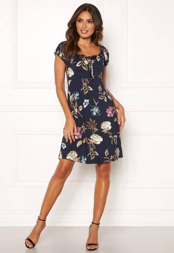 happy-holly-tessan-dress-dark-blue-patterned_2