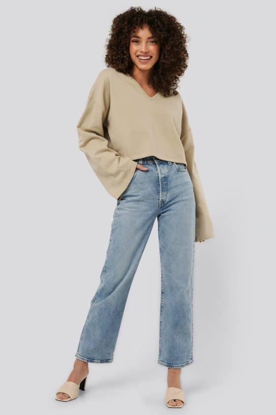 nakd_cropped_v_neck_oversized_sweater_1018-003618-0005_04c
