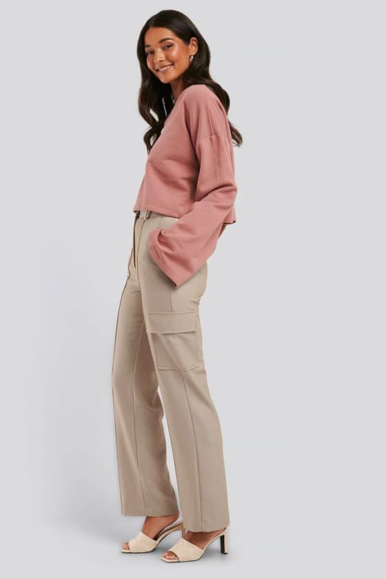 nakd_cropped_v_neck_oversized_sweater_1018-003618-8991_04c