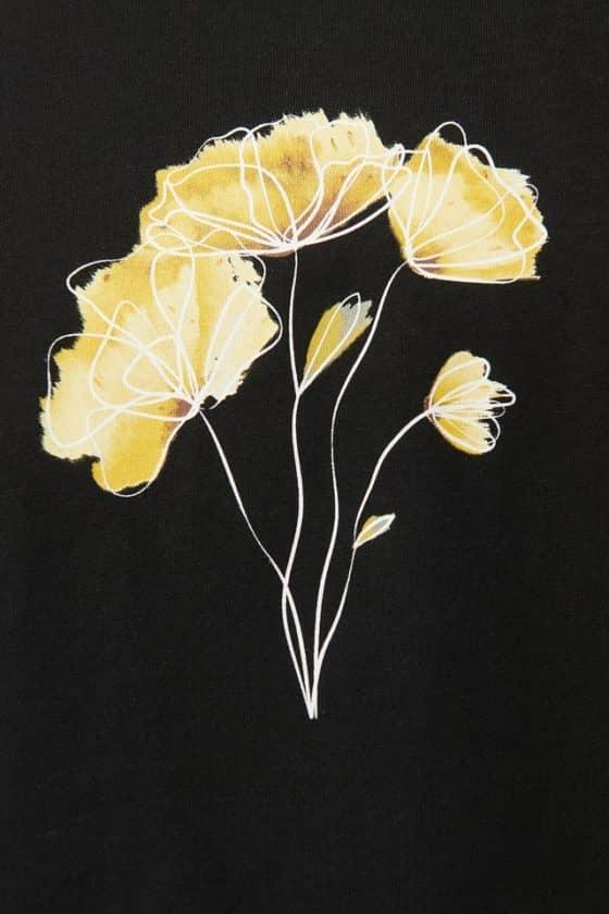 nakd_line_flower_printed_tee_1018-003776-0002_05g