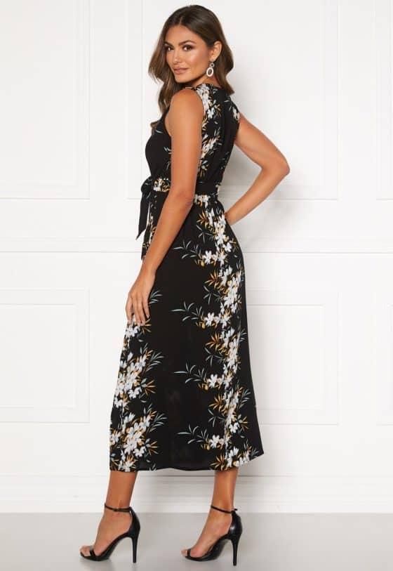 happy-holly-ilma-dress-black-floral_1