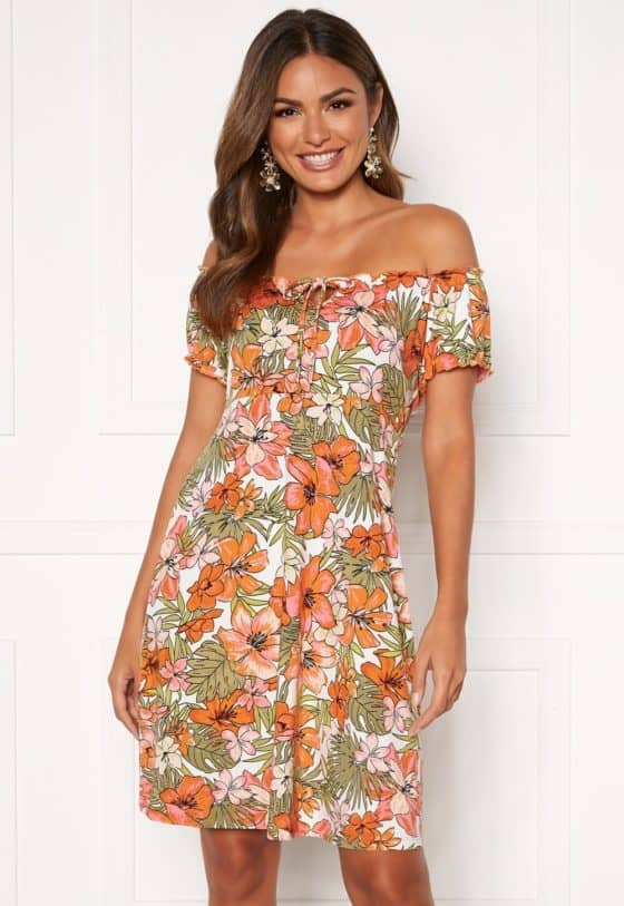 happy-holly-tessan-dress-patterned_14