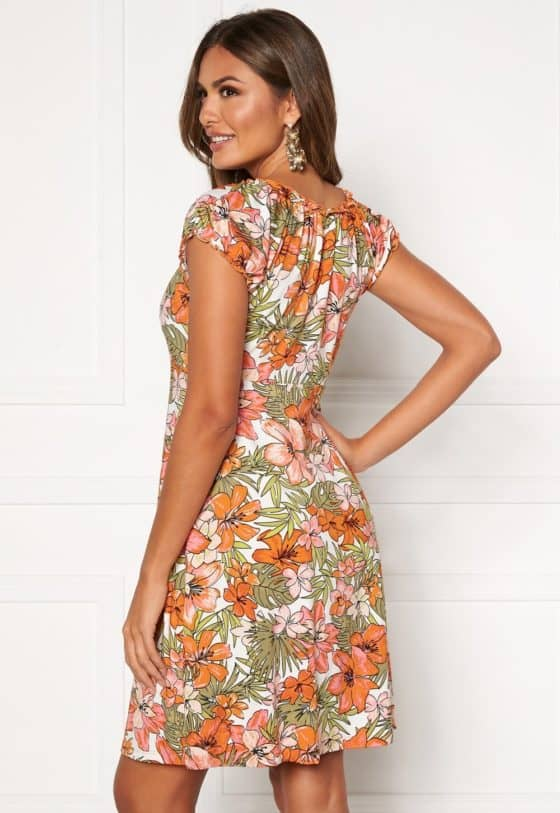 happy-holly-tessan-dress-patterned_16