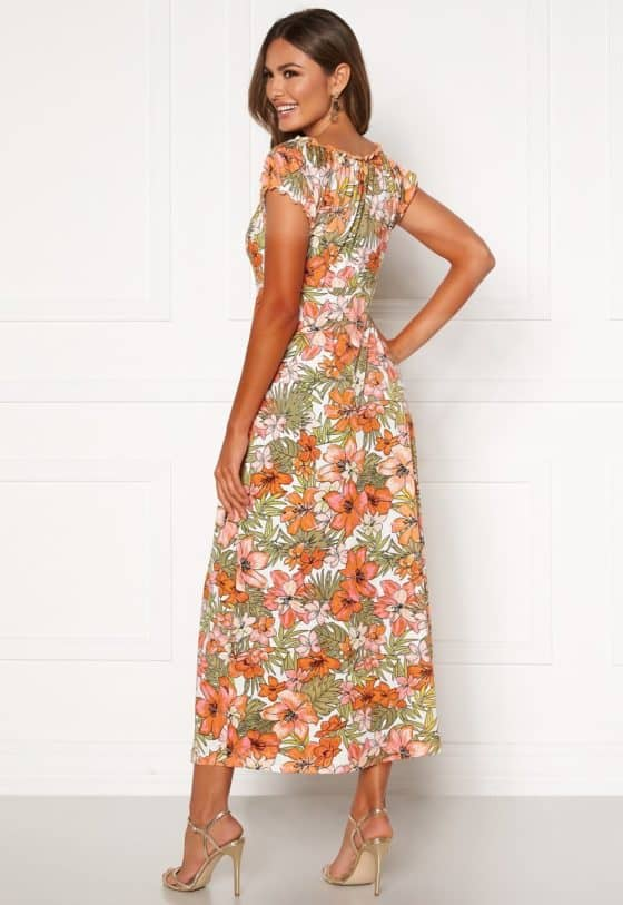 happy-holly-tessie-maxi-dress-patterned_10