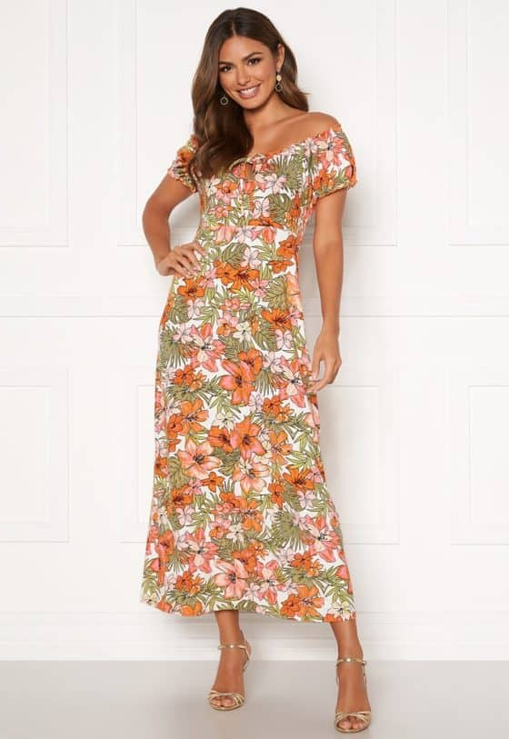 happy-holly-tessie-maxi-dress-patterned_9