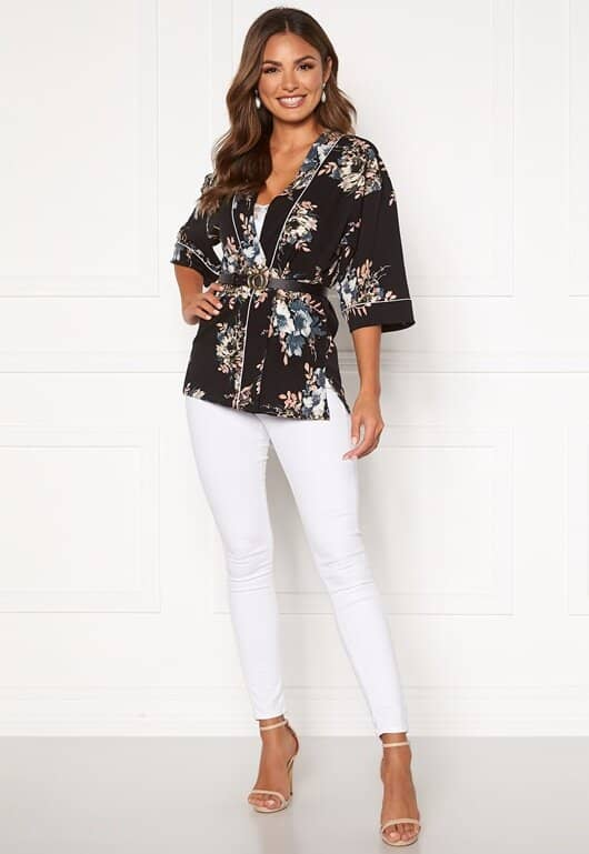happy-holly-jelena-kimono-blouse-black-patterned_5