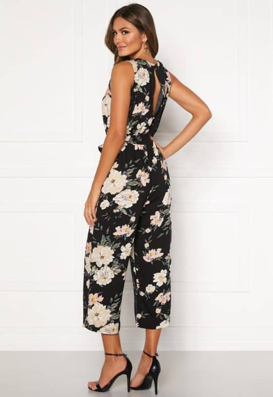 happy-holly-mollie-jumpsuit-black-patterned_7