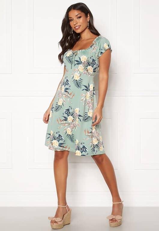 happy-holly-tessan-dress_29