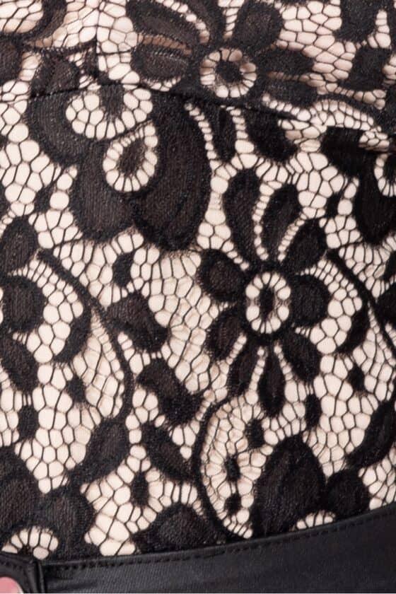 black-contrast-eyelash-lace-ribbon-tie-plunge-front-bodysuit-p9046-962198_image